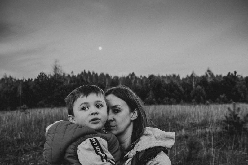 Mama z synem - Codzienna fotografia rodzinna - MyLittleAntS - DzikośćSerca