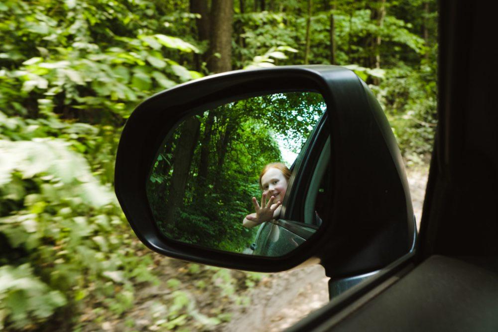 podróże leśną drogą | dokumentalna fotografia rodzinna Lublin | Dzikość Serca